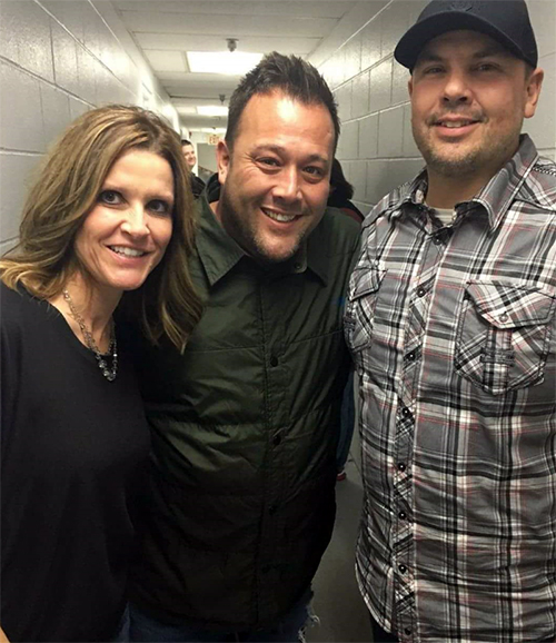 Shane Grove backstage with Uncle Kracker
